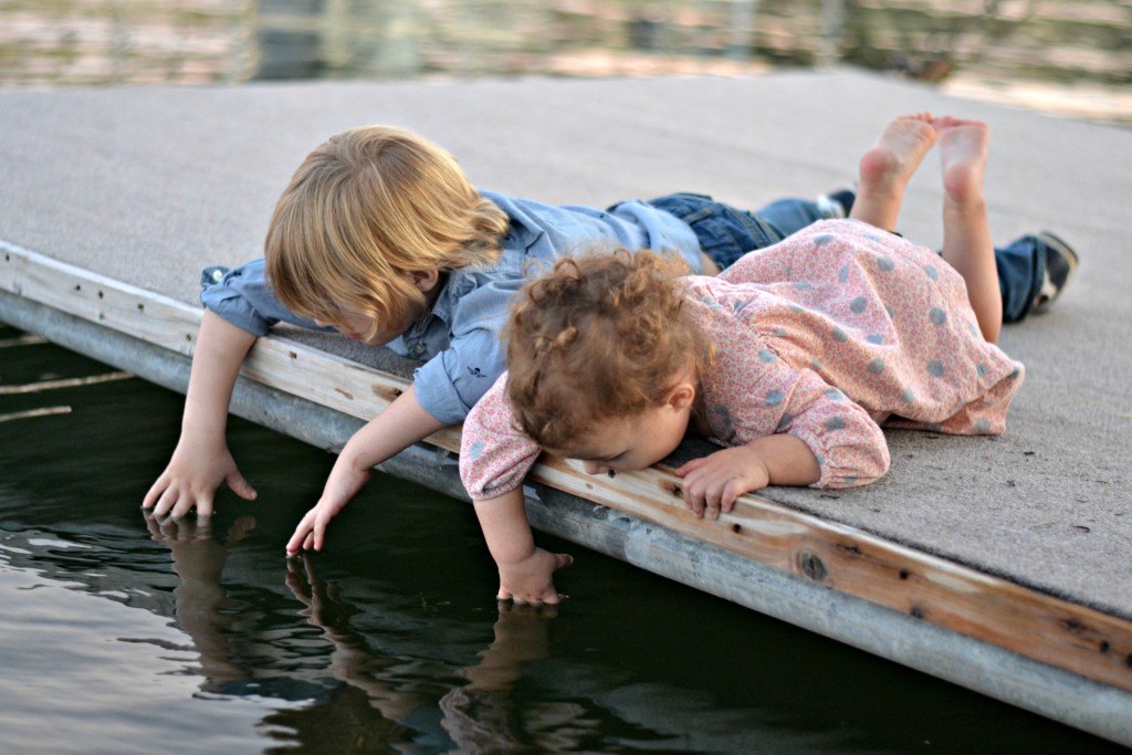 Adorable kids photography lakeside in Texas!