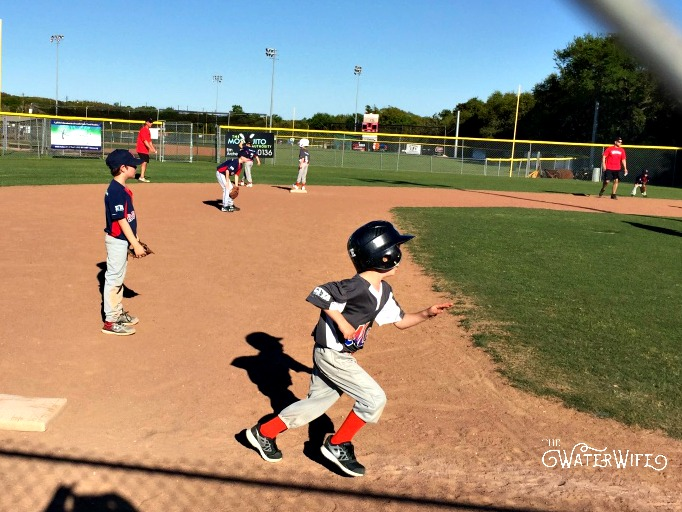 Tee ball is life in Texas, start them early! One mom's tales about mom life, marriage and life on the lake!