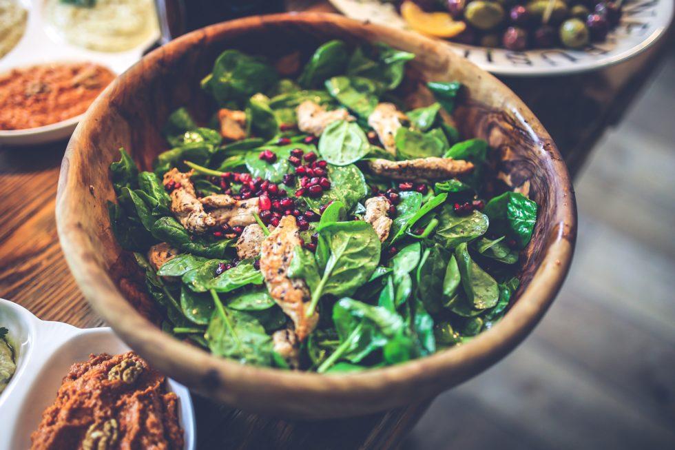 wooden-bowl-healthy-salad